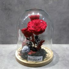 3 FOREVER ROSES in a glass dome / 3 ΔΙΑΤΗΤΗΜΕΝA ΤΡΙΑΝΤΑΦΥΛΛA μεσα σε θολωτή γυάλα